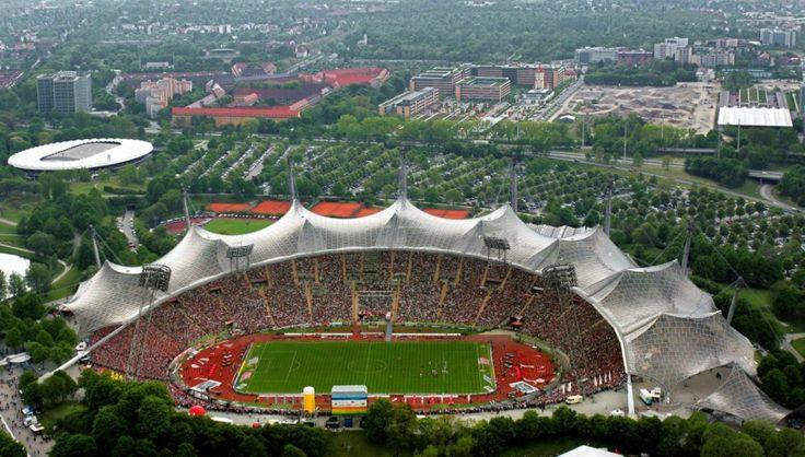 http://polpix.sueddeutsche.com/bild/1.1307463.1355392791/860x860/muenchner-olympiastadion.jpg