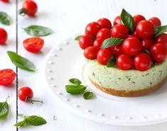 Cheesecake salata al pesto e pomodorini, la ricetta | Fantasie di cucina