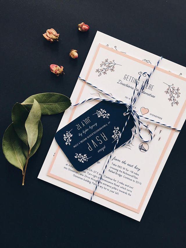 ヒモでまとめておしゃれ度倍増! ネイビーの結婚式招待状のまとめ。センスがいい招待状一覧。