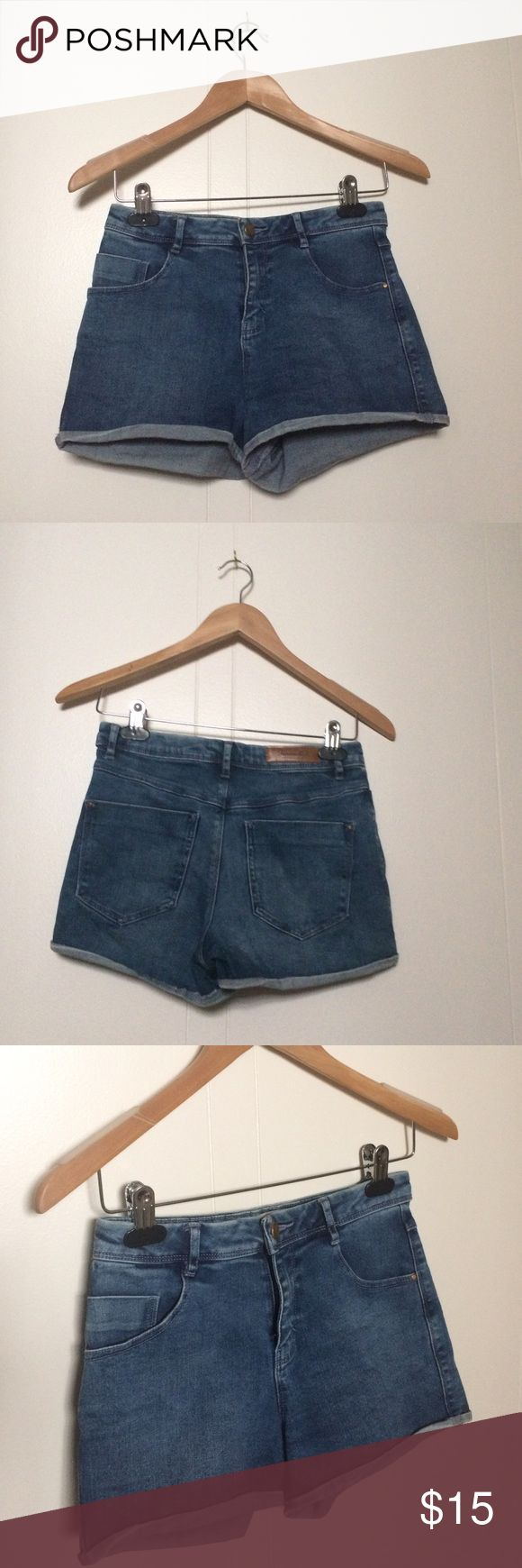 Zara Jean shorts These shorts are in good condition. I have worn these a lot because they are the perfect high waisted shorts. The denim fabric is super soft. I would love to still wear these but they're too small on me now Zara Shorts Jean Shorts