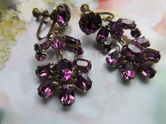 Vintage 20s 30s Dangle Drop Screw Back Earrings  Purple