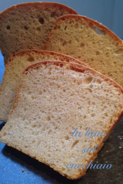La luna sul cucchiaio: Pane in cassetta con pasta madre ideale per toast