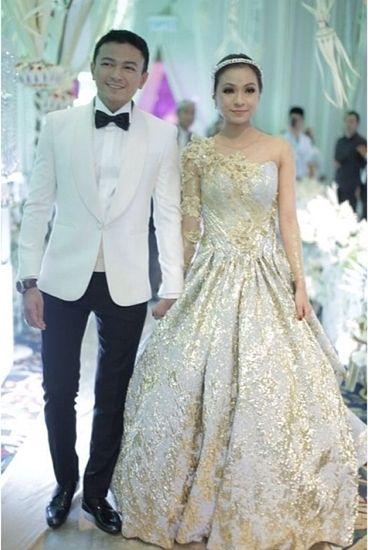Jovian Mandagie & Nina Sabrina Ismail Sabri