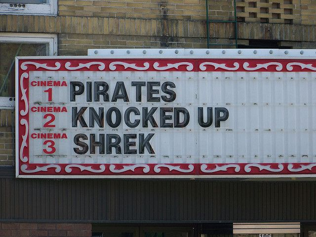 stooooop..lol: Laughing, Funny Signs, Jack Sparrow, Hilarious Pictures, Funny Stuff, Movie, Pirates Knock, Funny Memes, Funny People