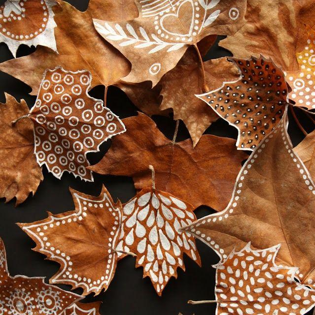 Personnaliser les feuilles mortes avec des feutres ou de la peinture Inspiration by N'Hirondelle - www.nhirondelle.com