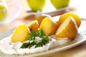 Slovenian Compe - Boiled Potatoes with Cottage Cheese RECIPE      http://www.slovenia.si/visit/cuisine/recipes/boiled-potatoes-with-cottage-cheese-compe/