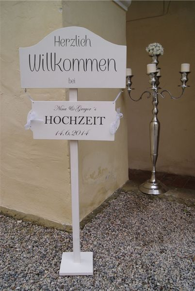 Willkommensschild+Ständer+für+Hochzeit,Wegweiser+von+Meriland+auf+DaWanda.com