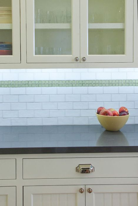 We love the look of Caesarstone and subway tile. Here are some of our favorite combinations.