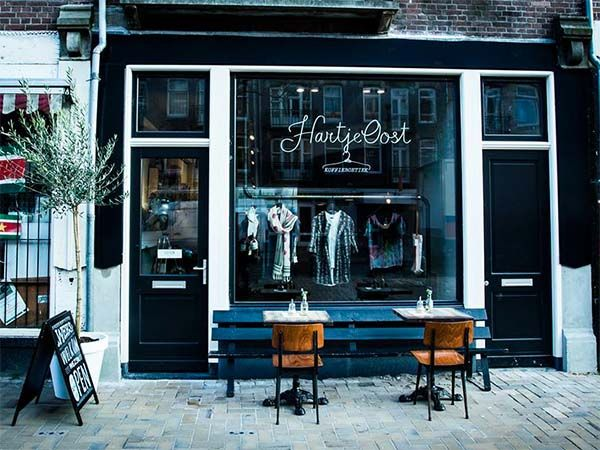 Hartje Oost Amsterdam: coffee boutique at the Javastraat