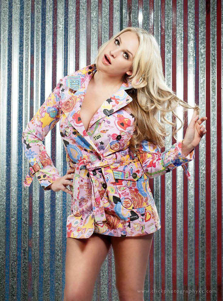 Hello Blondie :)