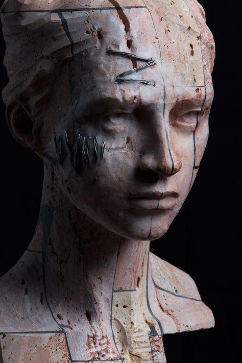 Christian Zucconi TESTA V (2015). Stone, iron and wax / Pietra, ferro e cera, cm 21,5 x 24 x 39.