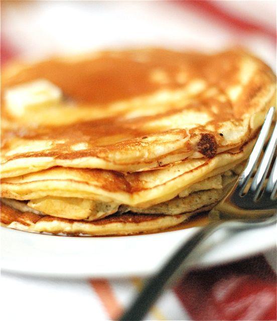 Gwyneth Paltrow's family buttermilk pancake recipe...make batter the night before & start breakfast smiling.