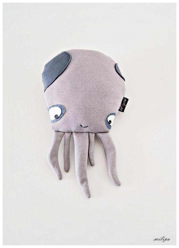 Süße Kuscheltier-Krake, Kinderspielzeug / cute cuddly toy, kid's toy made by milipa via DaWanda.com