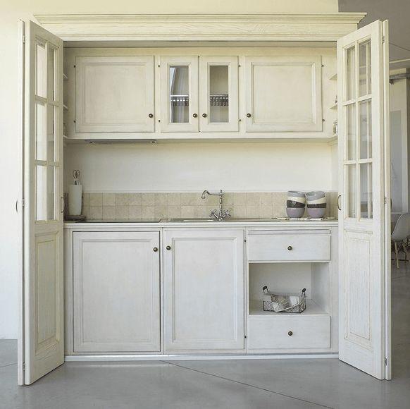 Oltre 25 fantastiche idee su piccoli monolocali su - Mini cucine per monolocali ...