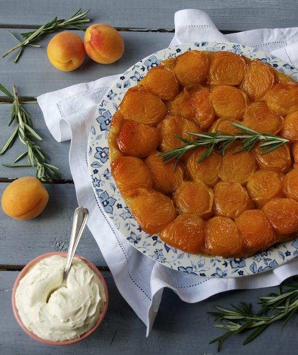 Un problème, une solution   Tatin abricots, miel & romarin photo