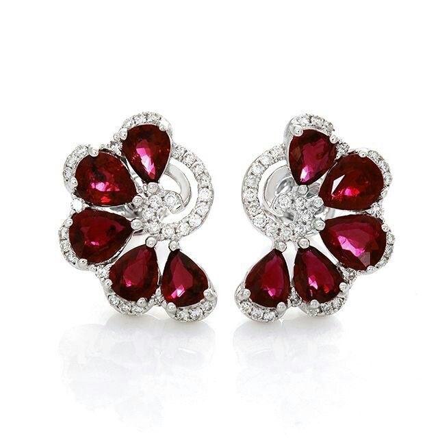 @diamondgirl1975. Moira #ruby and #diamond fan earrings!