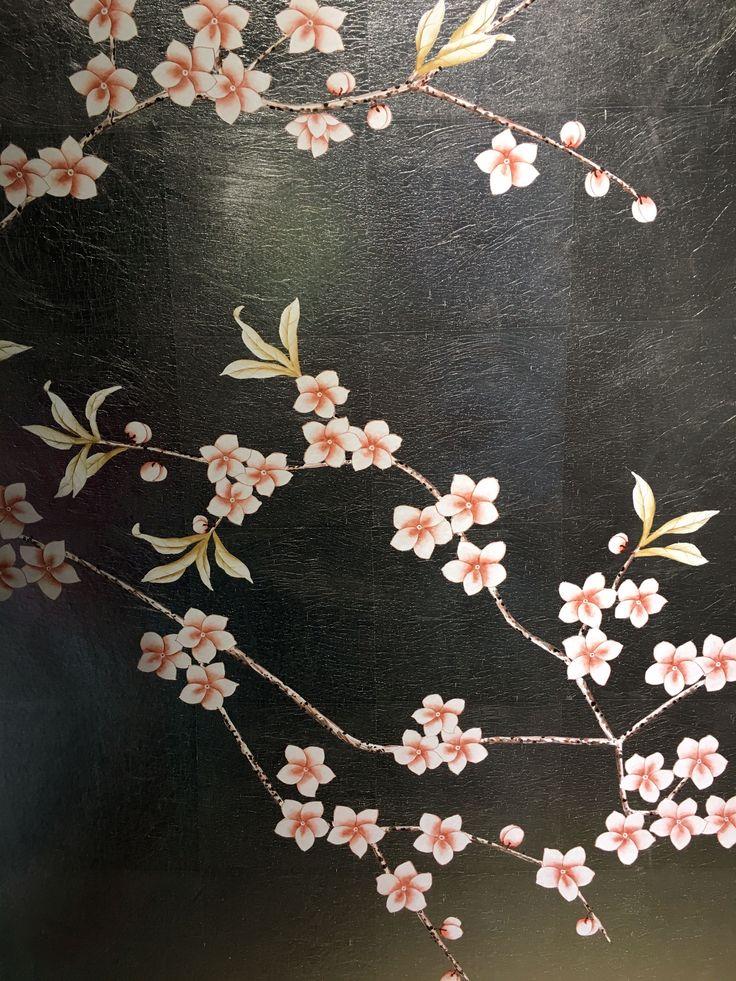 Misha partecipa con Oriental Flowers (OC15) della collezione China Classic, su MT.010 della collezione Metallic, durante la Milano Design Week 2016, da Paola Lenti all'Umanitaria, Via Francesco Daverio 7.