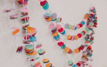 Lavoretti di Carnevale con coriandoli [FOTO] - Lavoretti di Carnevale con coriandoli, tante idee fai da te da cui trarre ispirazione per realizzare dei lavoretti originali e coloratissimi.
