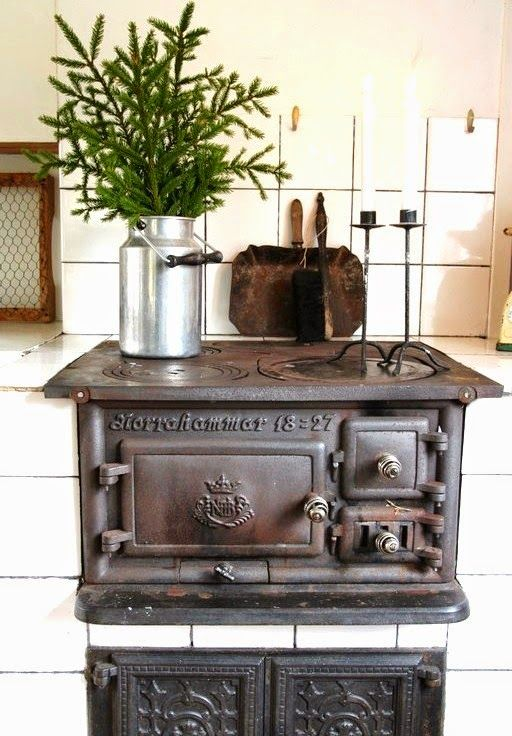 Old Swedish cast iron cooking stove - nordingården