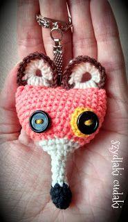 Szydłaki Cudaki - Amigurumi - Handmade with love: Szydełkowy brelok lis - Amigurumi fox keychain