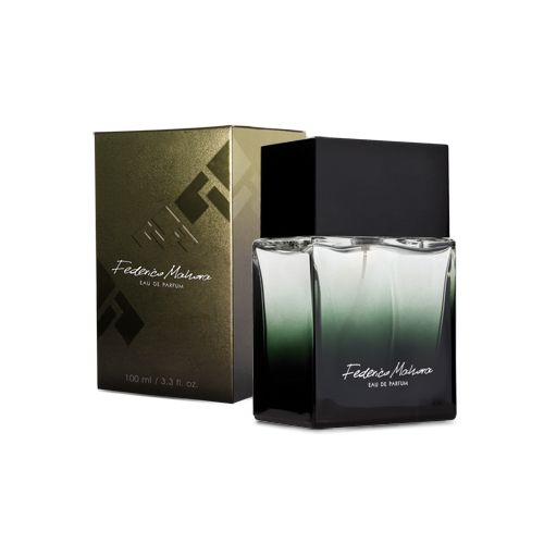 This 100ml Eau de Parfum is a woody and fruity blend that delights with lightness of grapefruit and orange, and refreshes with sharpness of two kinds of pepper.  Total weight : 357.0 [g]
