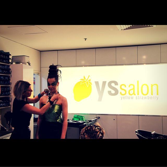 Finishing touches for the catwalk premier #yellowstrawberryhairandbeauty #dontdopretty #DDP