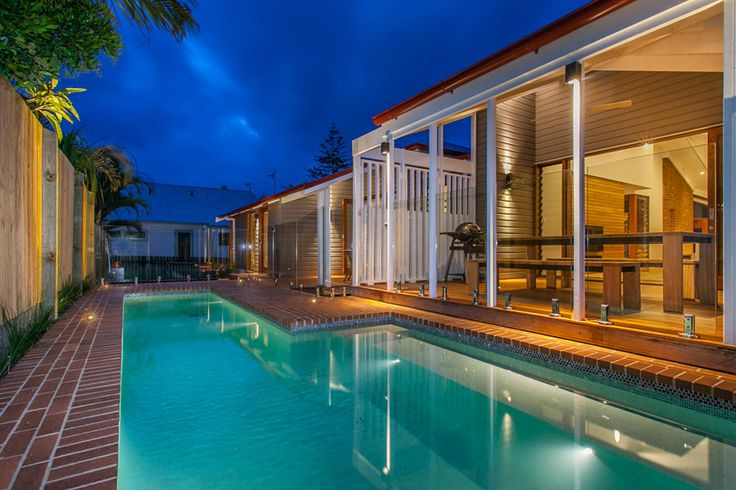 Byron Bay Renovation | Outdoor Dining and Pool | Queensland Australia | Smith Architects