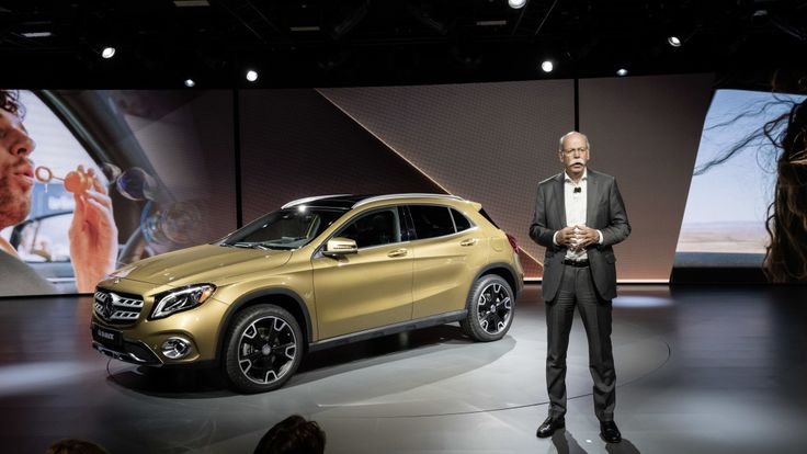 Dr. Zetsche presented the new GLA at the NAIAS in... - Mercedes-Benz