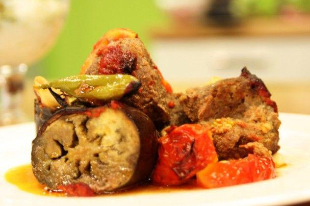 patlıcanlı köfteli tepsi kebabı