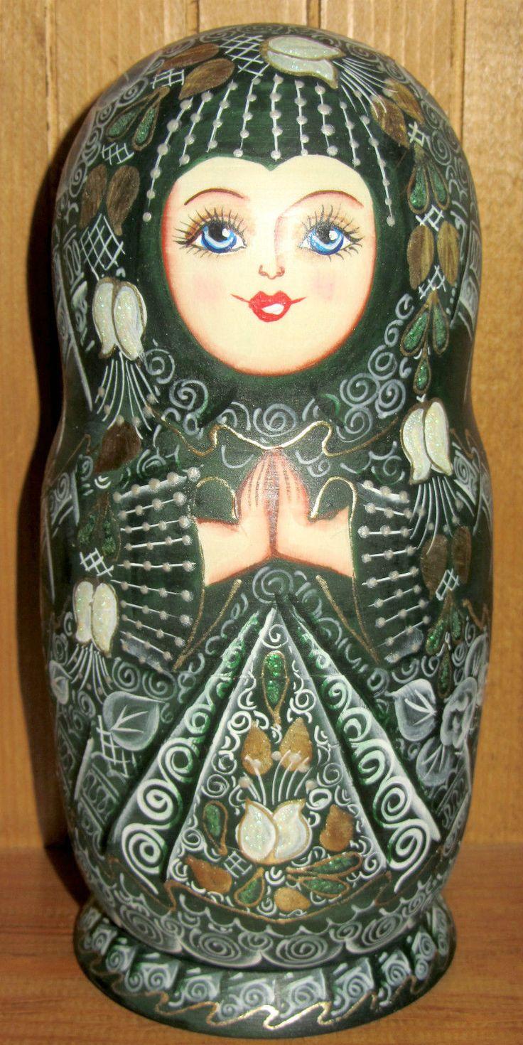 Russian HAND PAINTED nesting doll Poupee Russe Dark Green GOLD Matryoshka 5 GIFT in Jouets et jeux, Poupées, vêtements, access., Poupées russes | eBay