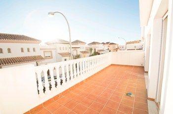 #Vivienda #Almeria Piso en alquiler en #HuercalDeAlmeria zona URBANIZACIÓN LOS PINOS #FelizMiercoles - Piso en alquiler por 500€ , 3 habitaciones, 120 m², 1 baño, con terraza, calefacción no
