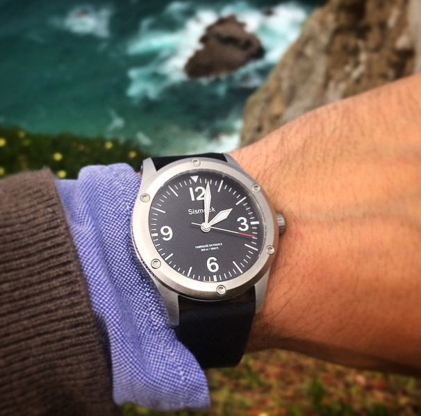 Sismeek SEADIVER ⌚️⌚️ / in front of the #sea - #watch for #extreme and #fashion