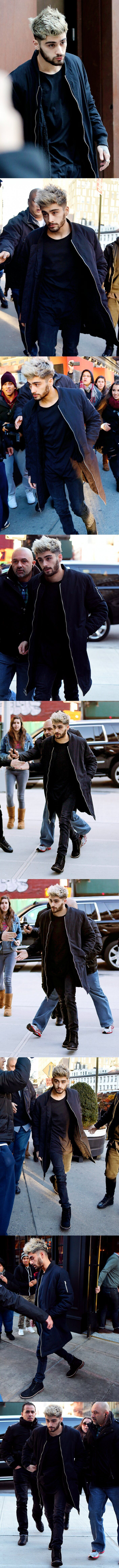 """Zayn and Gigi apartment hunting in NYC 4 Jan. Fans tried guilt tripping Zayn for pictures by saying """" we supported you"""""""