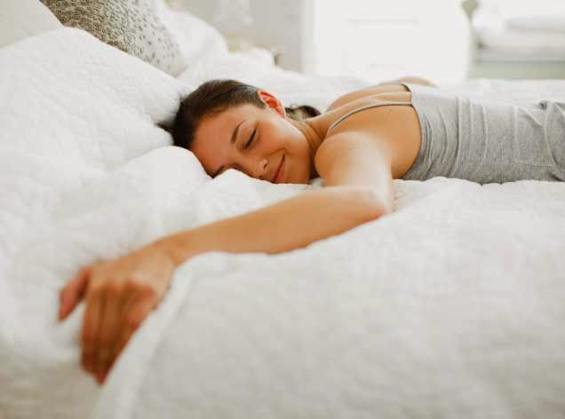 http://www.decoratingideas.eu/2014/11/how-to-choose-your-bed.html