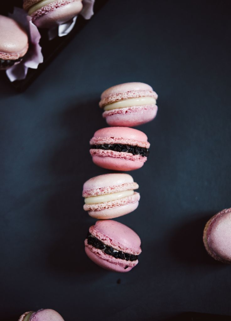 Cherry Blossom Macarons with Black Sesame / by Kinfolk