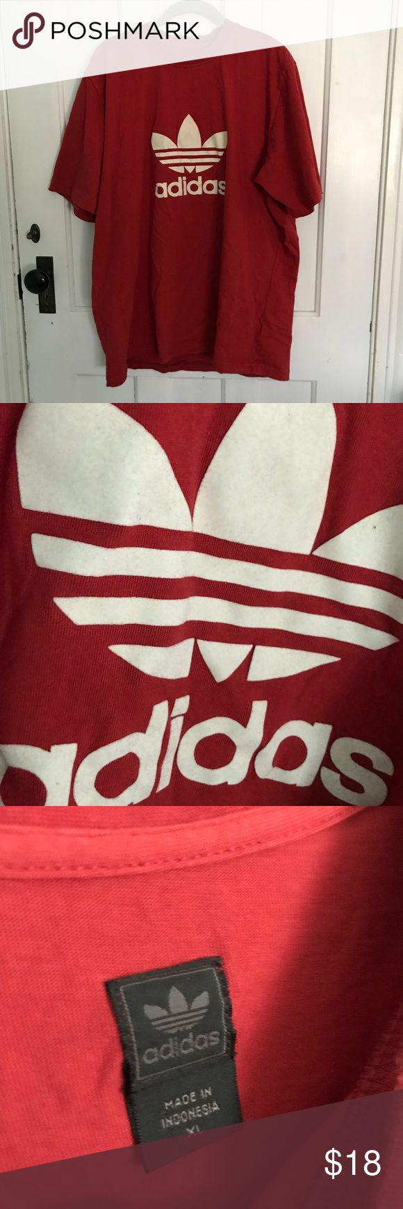 Red Adidas Logo Tee Shirt size XL 💎 preowned vintage (logo is felted!) ⭐️ good condition  ⚖️ price negotiable. no trades. 📬 quick shipping ⚜️ top 10% seller adidas Tops Tees - Short Sleeve