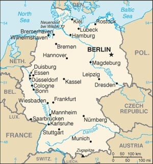 Great map. I live in Stuttgart, lower left.  Great location for travel.  Germany is about the size of Oregon.