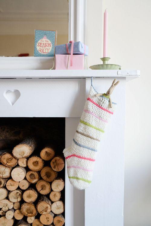 Crochet Christmas stocking. Free pattern