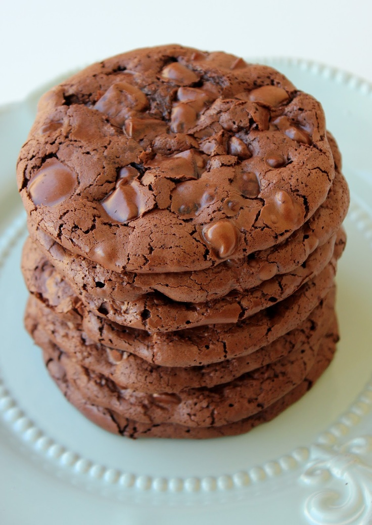 Flourless Chocolate Cookies #glutenfree - now that's a gluten-free recipe to try!