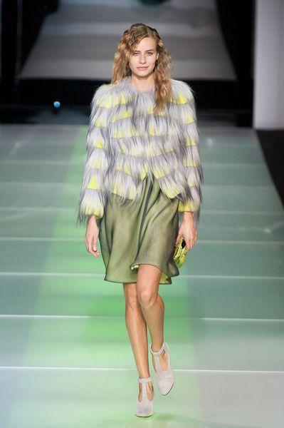 MMD FW 2014/15 – Giorgio Armani. See all fashion show on: http://www.bmmag.it/sfilate/mmd-fw-201415-giorgio-armani/ #fall #winter #FW #catwalk #fashionshow #womansfashion #woman #fashion #style #look #collection #MMDFW #giorgioarmani @ARMANI Official