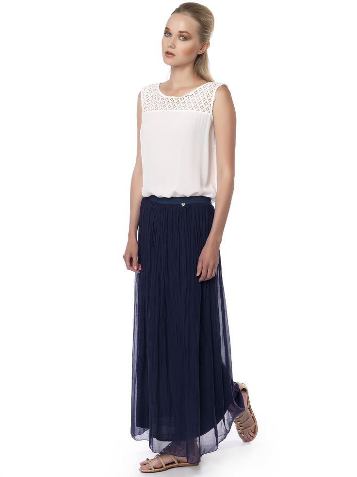 #skirt#navy_blue in all occasion!