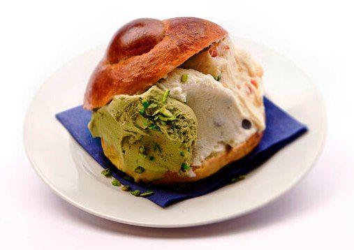 BRIOCHE CON GELATO, SICILIA. Visit now Taste IT and find delicious specialty Italian food!!
