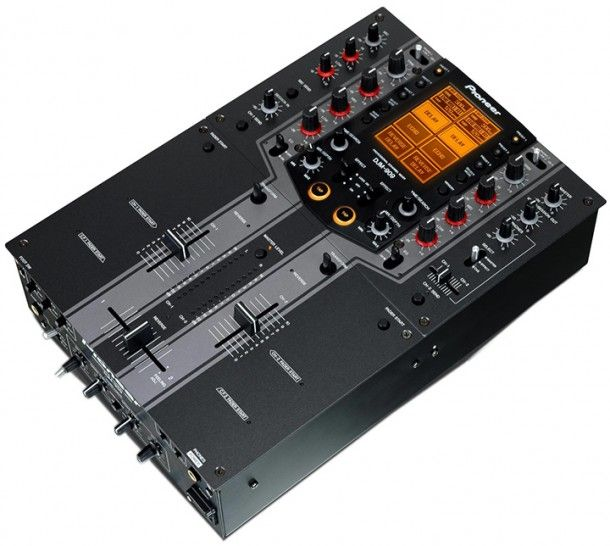 Pioneer DJM-909 - One Of The Best DJ Mixers For Scratching. #scratchmixer