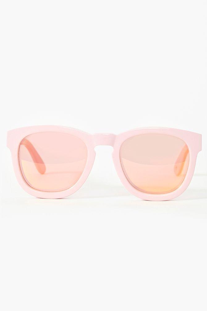 {pink}