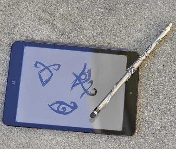 shadowhunter stele for iPads!  I NEEEED IT.