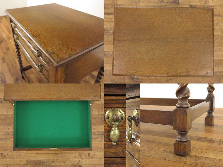 薄型の引き出しが2段付いたサイドテーブルです。 エッジの効いたツイストレッグがいいアクセントとなっていますね。 洗練されたデザインと経年による味わいは本物アンティーク家具ならではと言えます。 側面から見たシルエットも可愛らしいですね。 程よいサイズでキッチン周りの収納や作業台にも最適です。 引き出し内は2段ともフェルト張替済です。ID53127 品名引き出し付サイドテーブル 原産国イギリス 材質オーク材 年代1920年頃 サイズW 685 x D 480 x H 765 送料例クロネコヤマトらくらく家財便Bランクでのお届け 送料例:愛知県3,800円・東京都4,050円・宮城県5,200円・福岡県4,800円 #アンティーク #アンティーク家具 #カトラリーテーブル #サイドテーブル #アンティークフレックス #アンティークテーブル #ツイストレッグ