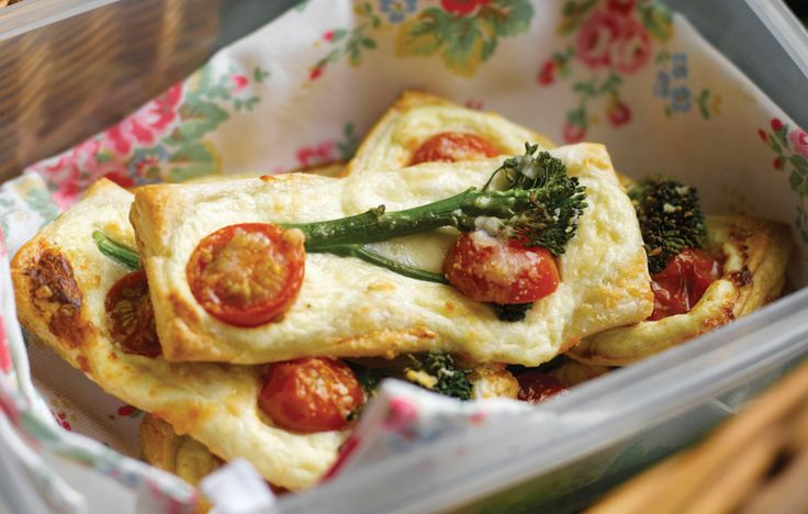 Ricotta and cherry tomato fingers