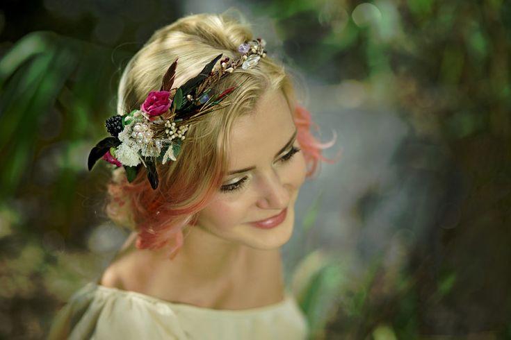 Kwiatowy wianek, kwiaty do wlosow, wianek ślubny