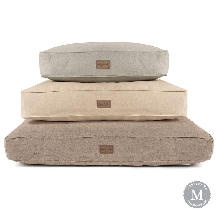 """This+handsome,+durable+dog+bed+is+made+from+a+jute-polyester+blend+that's+both+eco-friendly+and+mildew+resistant.+The+dog+bed+cover+is+preshrunk+and+machine+washable.+Bedinsert+made+in+the+USA.+Available+in+three+earthy+colors:+natural,+grey+and+brown.. Small+Dog+Bed+20""""+x+26""""+x+5""""+Medium+Dog+Bed+29""""+x+36""""+x+5""""+Large+Dog+Bed+36""""+x+44""""+x+5"""" Personalization+Information *Font+is+capitalized.*Up+to+15+characters+(including+spaces)*Allow+up+to14+business+days..."""
