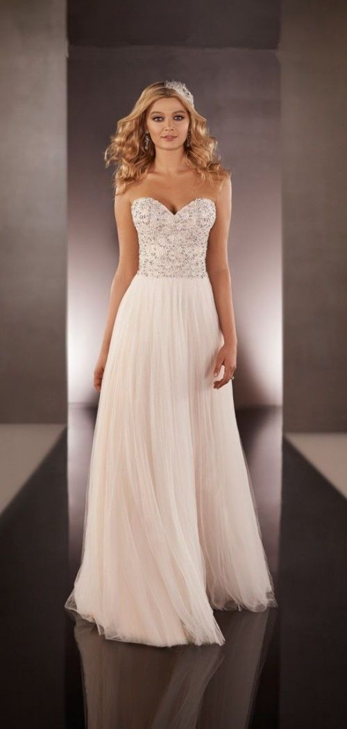 A-line Tulle Sweetheart Charming Beading Wedding Dress